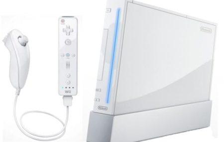 Déjà connu dans la conception de jeux vidéo, c'est également connu de tous que Nintendo a développé sa propre console, le Wii. Il se tient au même rang que les PS3 et la XBOX360, mais il est le seul à être équipé d'un détecteur de mouvement. Seulement, les avis sont partagés concernant cette console Nintendo.
